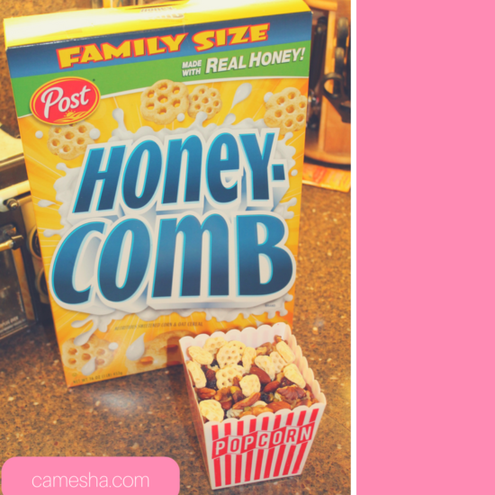 Yummy holiday treats are on deck! Making holiday snacks with Honeycomb to take to the movie, SING!